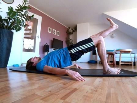 Hintere Oberschenkel trainieren mit dem Beckenlift
