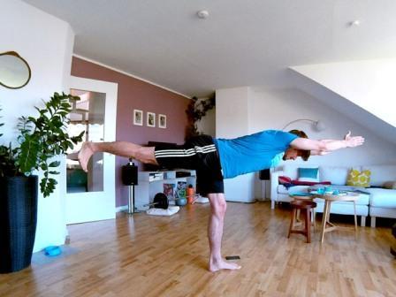 Hintere Oberschenkel & Po trainieren mit der Standwaage